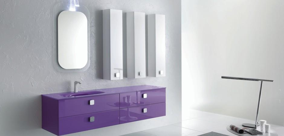 Farbige Glas-Waschtische - in allen RAL-Farben